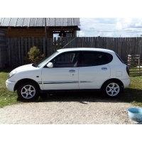 Продам а/м Daihatsu Storia требующий вложений
