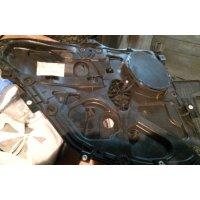 Продам Стеклоподъемник механический  для Ford Fusion